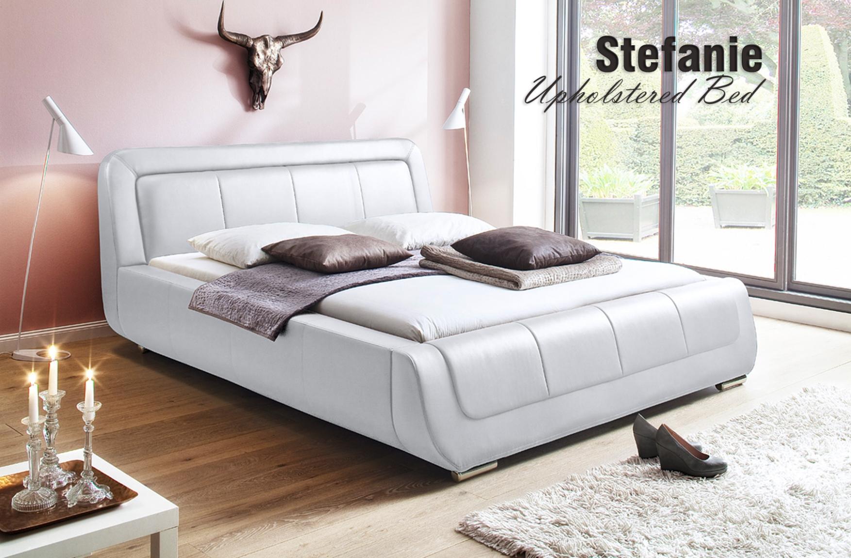 Stefanie-Upholstered-Bed - Nordholtz Furniture