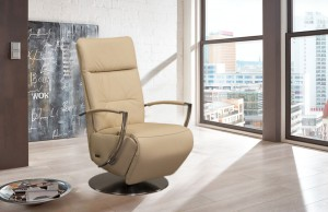 Berlin_recliner-camel_1