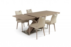 Alster X base table with Ritz leather chairs, Order