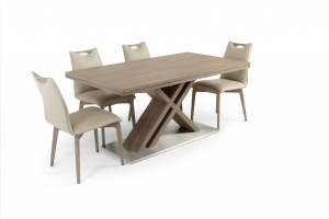 Alster X base table with Ritz leather chairs - photo №10